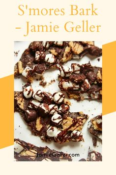 This easy recipe for chocolaty and gooey S'mores Bark has only 3 ingredients. You can use store-bought graham crackers or make your own with this recipe. #shavuot #lagb'omer #bark Chocolate Marshmallows, Melting Chocolate, Non Dairy Desserts, 5 Ingredient Recipes, Graham Crackers, 3 Ingredients, Quick Easy Meals, Favorite Recipes, Baking