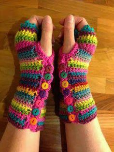 Craft Hippy: Crocheting and Talking . A lot! Christmas mitten presents! (Correct link) Craft Hippy: Crocheting and Talking . A lot! Christmas mitten presents! Crochet Gloves, Crochet Slippers, Knit Or Crochet, Crochet Scarves, Crochet Crafts, Crochet Stitches, Hippie Crochet, Crochet Wrist Warmers, Knitted Baby
