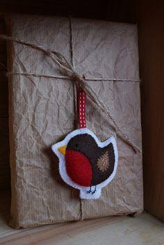 felt robin ornament