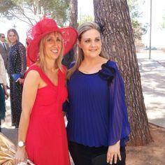 Catalina Soler, con una pamela en color rojo