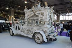 Carved Funeral Hearse Car
