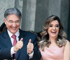 E, segundo a PF, a mulher do governador de Minas recebia dinheiro de empresas ligadas ao BNDES