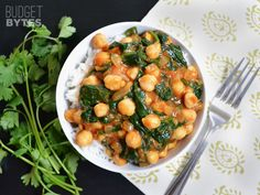 Curried Chickpeas with Spinach - Budget Bytes I have never tried anything made with curry seasoning. Going to try it next week! Indian Food Recipes, Vegetarian Recipes, Cooking Recipes, Healthy Recipes, Cheap Recipes, Fast Recipes, Healthy Meals, Vegetarian Chickpea Curry, Cheap Dinners