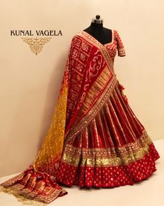 Banarasi brocade lehenga choli sets - Aapkabazar - Buy and Sell Indian Bridal Outfits, Indian Bridal Lehenga, Indian Bridal Wear, Indian Designer Outfits, Dandiya Dress, Brocade Lehenga, Banarasi Lehenga, Red Lehenga, Silk Sarees