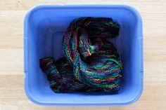 How to set yarn colors to prevent them from running