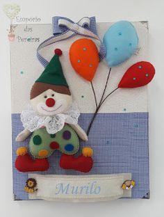 Empório das Pereiras: Quadro Palhaço Christmas Ornaments, Holiday Decor, Blog, Home Decor, Instagram, Wreaths, Frames, Feltro, Fabric Books