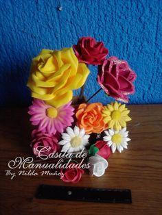 Flores de fomi termoformado, rosas, margaritas, en diferentes colores, texturas y tamaños