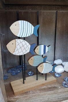 Μπλε ξύλινα διακοσμητικά ψαράκια  #summerdecoration #DIYdecoration #DIYsummer_decoration #καλοκαιρινη_διακοσμηση #barkasgr #barkas #afoibarka #μπαρκας #αφοιμπαρκα #imaginecreategr