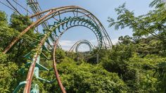Photographer Romain Veillon captured haunting images of the Japanese theme park Nara Dreamland in its final moments.