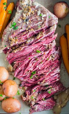 Slow Cooker Corned Beef is the easiest recipes ever. All you have to do is add all the ingredients to the slow cooker and let it work its magic. Crock Pot Soup, Crock Pot Slow Cooker, Crock Pot Cooking, Slow Cooker Recipes, Crockpot Recipes, Fudge Recipes, Slow Cooker Corned Beef, Corned Beef Brisket, Corned Beef Recipes