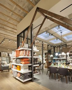 West Elm home furnishings store by MBH Architects, Alameda – California