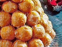 Croquembouche (Cream Puff Tree)