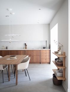 An Interview with Ask og Eng Co-Founder Kine Ask Sternersen + A Peek Inside the Oslo Showroom (Nordic Design) Nordic Kitchen, Warm Kitchen, Nordic Design, Küchen Design, Interior Desing, Interior Architecture, Kitchen Interior, Kitchen Decor, Oslo