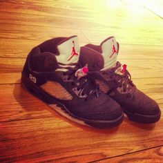My bae's Jordans ♥