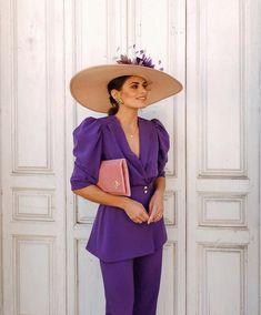 @jessiekass nos ha conquistado a todas con este súper look de @voganacollection 💜💜 Suit Fashion, Love Fashion, Fashion Outfits, Classy Outfits, Stylish Outfits, Purple Suits, Wedding Guest Style, Cocktail Outfit, Wedding Dress