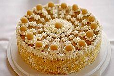 Apfel-Marzipan-Torte, ein beliebtes Rezept aus der Kategorie Backen. Bewertungen: 15. Durchschnitt: Ø 4,5.