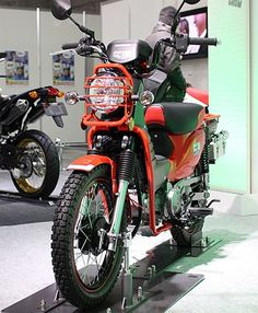 Discover recipes, home ideas, style inspiration and other ideas to try. Scrambler Custom, Custom Bobber, Custom Harleys, Custom Bikes, Custom Cars, Honda Bikes, Honda Motorcycles, Retro Scooter, Bike Drawing