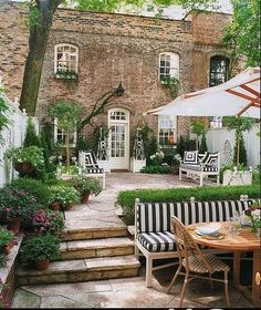 In the summer, our gardens can be extensions of our homes. Outdoor gardens and patios are places where summer memories can be made. Outdoor Rooms, Outdoor Gardens, Outdoor Living, Outdoor Decor, Outdoor Seating, Outdoor Patios, Outdoor Retreat, Garden Seating, Outdoor Kitchens