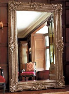 Wow! - This mirror is huge and beautiful! I love BIG statement ...