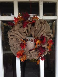 Fall Leaves Owl Wreath. Easy Burlap Wreath DIY - Start with a basic base and change out the decorations for each season. On Styleblueprint.com