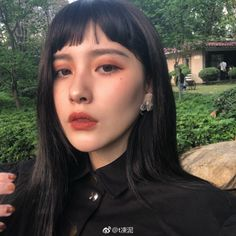 Korean Makeup And Why It's Become So Popular – Makeup Mastery Korean Makeup Tips, Korean Makeup Tutorials, Makeup Eyeshadow, Makeup Cosmetics, Hair Makeup, Make Up Looks, Beauty Make-up, Hair Beauty, Asian Makeup Before And After