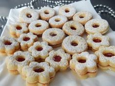 Yummy Cookies, Christmas Cookies, Cookie Recipes, Dessert Recipes, Desserts, Czech Recipes, Christmas Baking, Sweet Recipes, Sweet Tooth