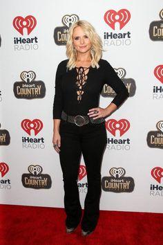 Miranda Lambert carries pocket knife around her neck