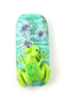 Floating Flowers  Corina Tettinger Frog bead