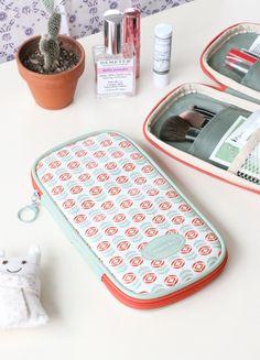 Cute pattern pouch!
