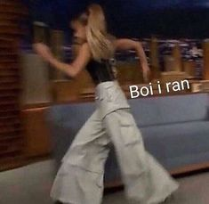 Memes Faces Ariana Grande 24 New Ideas Really Funny Memes, Stupid Funny Memes, Funny Relatable Memes, Funny Reaction Pictures, Meme Pictures, Photographie Indie, Funny Profile, Response Memes, Reaction Face