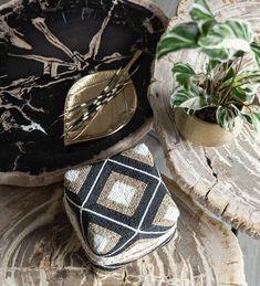 Black Gold, Art Pieces, Rings For Men, Inspiration, Design, Biblical Inspiration, Men Rings, Artworks