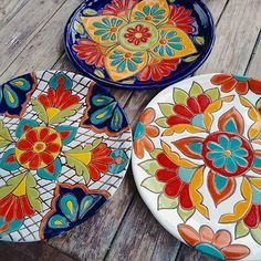 vida by Espana Dinnerware, Jardine Collection - Macy's Pottery Painting, Ceramic Painting, Ceramic Clay, Ceramic Plates, Glazes For Pottery, Ceramic Pottery, Mexican Ceramics, Talavera Pottery, Pottery Designs
