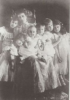 Grand Duchess Maria Ana of Luxembourg with her daughters