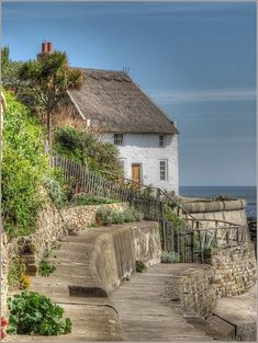 Thatched Cottage, Runswick Bay, North Yorkshire by Robin Denton Garden Cottage, Cozy Cottage, Cottage Homes, Cottage Style, Cottage Ideas, White Cottage, Yorkshire England, North Yorkshire, Cornwall England