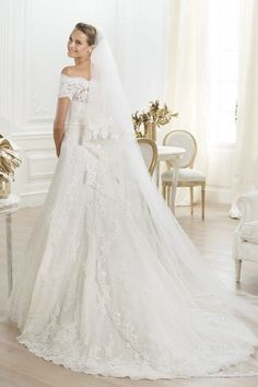 Princess Off the Shoulder Short Sleeves Chapel Train Tulle Lace Wedding Dress | LynnBridal.com