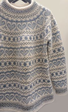 a knit and crochet community Fair Isle Knitting Patterns, Fair Isle Pattern, Sweater Knitting Patterns, Loom Knitting, Knitting Socks, Knit Patterns, Baby Knitting, Vintage Knitting, Free Knitting
