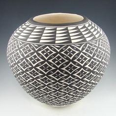 Acoma Pottery straight from Sky City