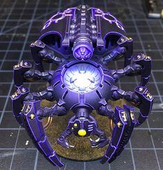 Mechanical Infestation: Necron Army of One - Spikey Bits Warhammer 40k Necrons, Warhammer Figures, Warhammer Paint, Warhammer Models, Warhammer 40k Miniatures, Mini Paintings, Cool Paintings, Necron Army, Necron Warriors