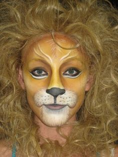Löwenmähne und -schminke                                                                                                                                                      Mehr