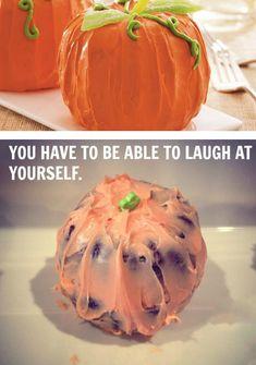 food fails - Epic FAIL recettes d'Halloween, photos d'Internet VS réalité ! Pin Fails, Funny Fails, Funny Memes, Hilarious, Halloween Baking, Halloween Recipe, Funny Halloween, Halloween Treats, Baking Fails