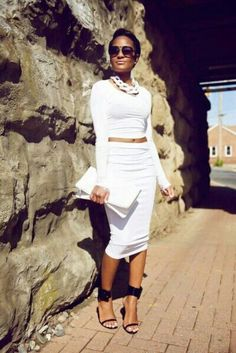 Discover and organize outfit ideas for your clothes. Decide your daily outfit with your wardrobe clothes, and discover the most inspiring personal style White Fashion, I Love Fashion, Passion For Fashion, All White Outfit, White Outfits, White Dress, Mode Chic, Mode Style, Fashion Mode