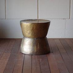 ・限定1台・銅製のスツール・ヴィンテージモダンなデザイン・金属アンティークスタイル・椅子サイドテーブルナイトテーブル