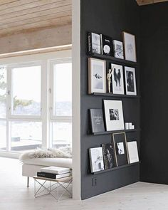 Find stylish examples of black accent walls perfect for a wall in your home that is tough to style. Domino shares photos of black accent walls to try in your home. Black Accent Walls, Black Walls, Black Accents, White Walls, Living Room Interior, Living Room Decor, Interior Office, Living Rooms, Kitchen Living