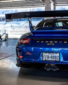 10424840382861631321 Porsche Gt3, Porsche Carrera, Porsche Autos, Porsche Cars, Cool Sports Cars, Super Sport Cars, Cool Cars, Super Cars, Mercedes Benz