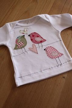 Spice up shirt top sew bird applique sew on bird kids child baby sewing machine Baby Shirts, Shirts For Girls, Kids Shirts, Freehand Machine Embroidery, Free Motion Embroidery, Bird Applique, Embroidery Applique, Applique Ideas, Applique Designs