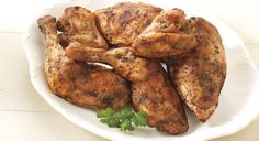 Can use boneless chicken breastsEasy Roasted Rosemary Chicken. Can use boneless chicken breasts Healthy Grilling, Grilling Recipes, Healthy Meals, Healthy Food, Healthy Recipes, Bbq Chicken, Tandoori Chicken, Weber Recipes, Rosemary Roasted Chicken