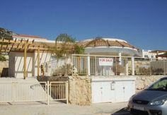 LATEST CYPRUS CLASSIFIED ADS - 3 bedroom resale bungalow. Peyia