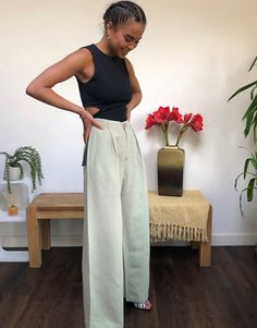 & Other Stories linen wide leg trousers in dusty green at ASOS. Satin Trousers, Wide Leg Linen Pants, Wide Leg Trousers, Wide Pants Outfit, Wrap Pants, Models, Summer Outfits, Asos, & Other Stories Trousers