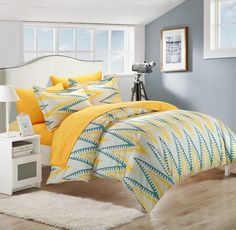 Geometrical Printed Peach Skin Microfiber Duvet Cover set. Modern Contemporary Design and Vibrant colors are an amazing way to add life and a boost of color to any bedroom. #LuxBed #ChicHome #Bedding #Duvet