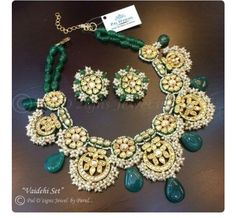 Fulfill a Wedding Tradition with Estate Bridal Jewelry India Jewelry, Ethnic Jewelry, Antique Jewelry, Diamond Jewelry, Gold Jewelry, Jewelery, Glass Jewelry, Lotus Jewelry, Statement Jewelry